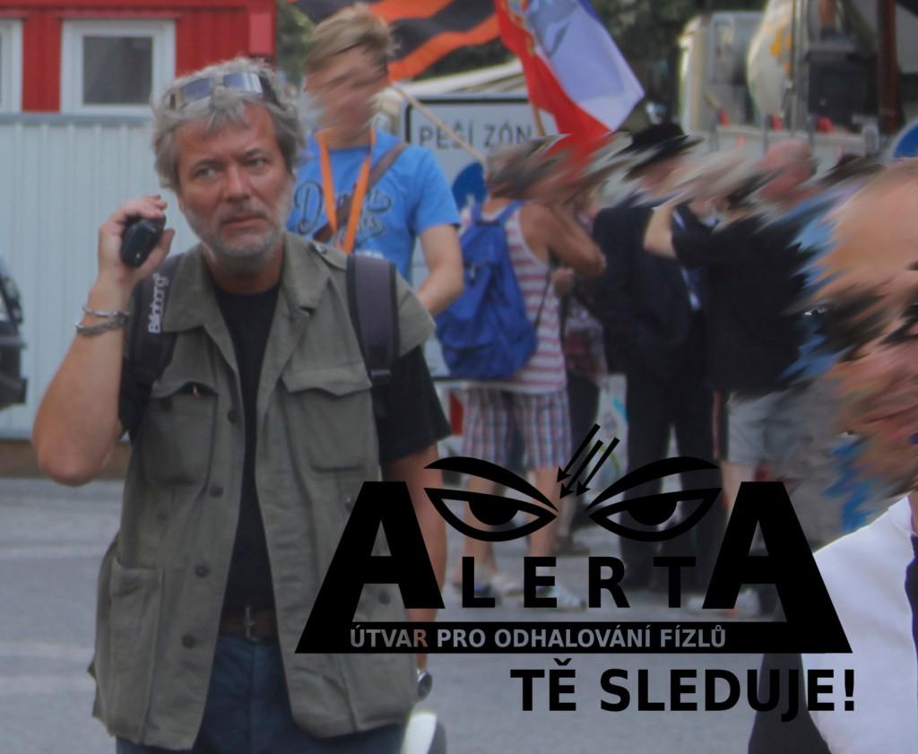 Fízl na protestu_14